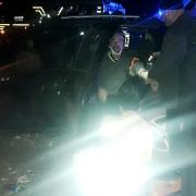 iki otomobi çarpıştı kazada 6 kişi yaralandı