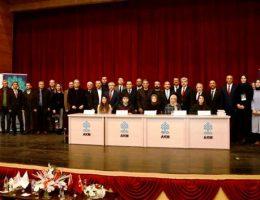 """Aksaray da """"Hikayemizin Yarım Asırlık Yerli Sesi Mustafa Kutlu Paneli """" yapıldı"""