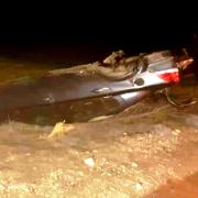Aksaray Nevşehir yolunda otomobil şarampole devrildi