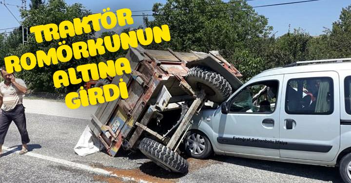 Hafif Ticari Araç Traktöre arkadan çarptı 2 Kişi Yaralandı