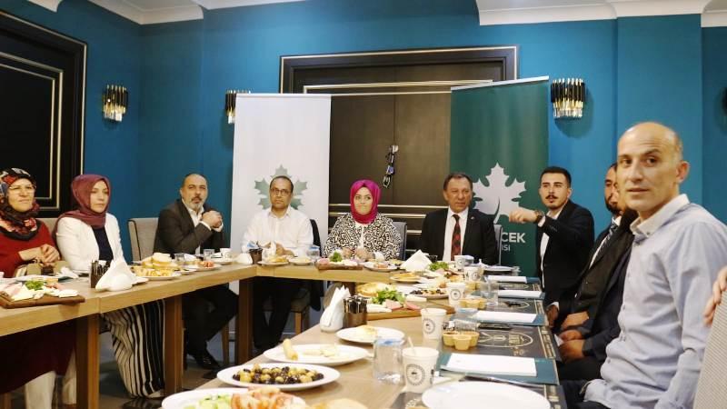 Gelecek Partisi Aksaray Basınıyla Kahvaltıda buluştu.