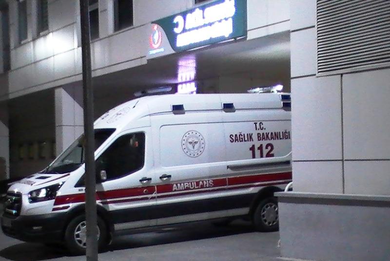 Aksaray'da İşçi servisi ile otomobil çarpıştı 12 yaralı