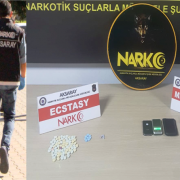 Aksaray'da Uyuşturucu tacirlerine şok operasyon