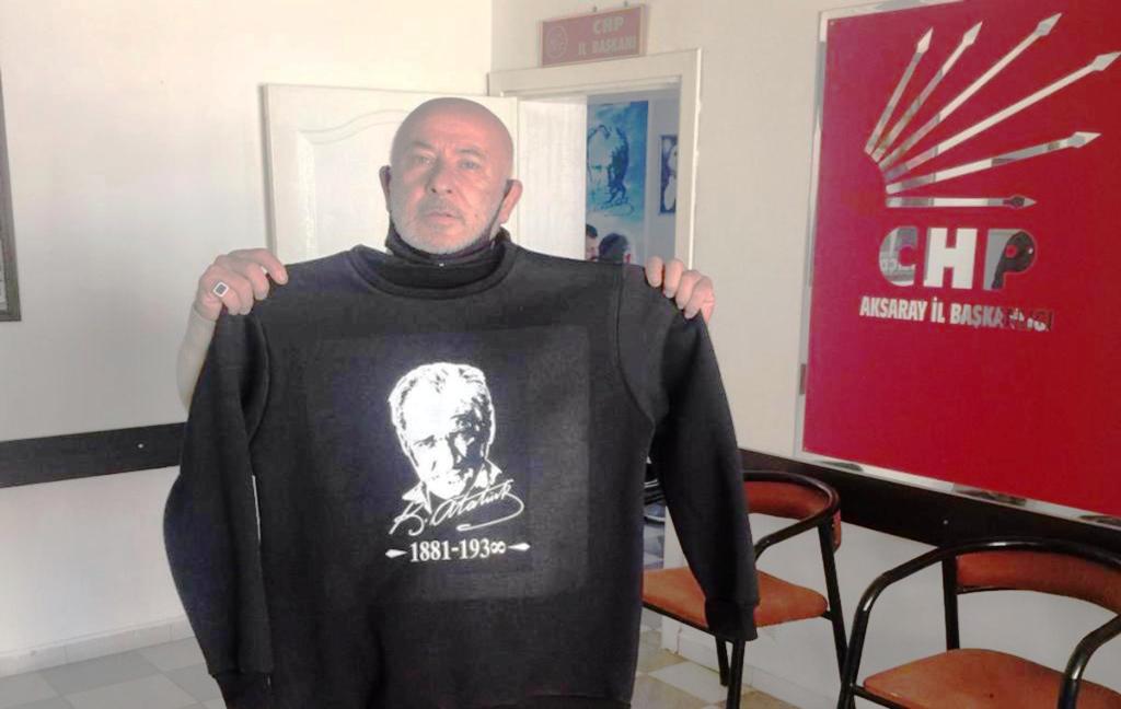 Aksaray CHP il Teşkilatından Atatürk Kazağı