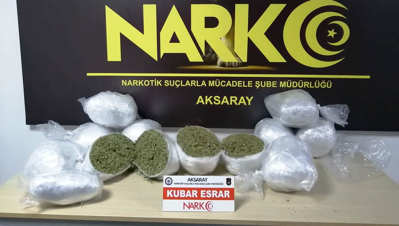 Kuryeler yüklü miktarda uyuşturucu ile Yakalandı