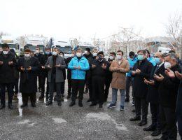 Yardım malzemelerini taşıyan 14 tır, Suriye'nin İdlib kentine uğurlandı