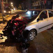 itfaiye aracına otomobil çarptı