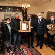 Aksaray'da Şehit Ailesine 'Devlet Övünç Madalyası' verildi
