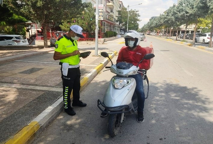 Aksaray da motorlu bisiklet kullanıcılarına yönelik eğitimler ve denetimler arttırıldı
